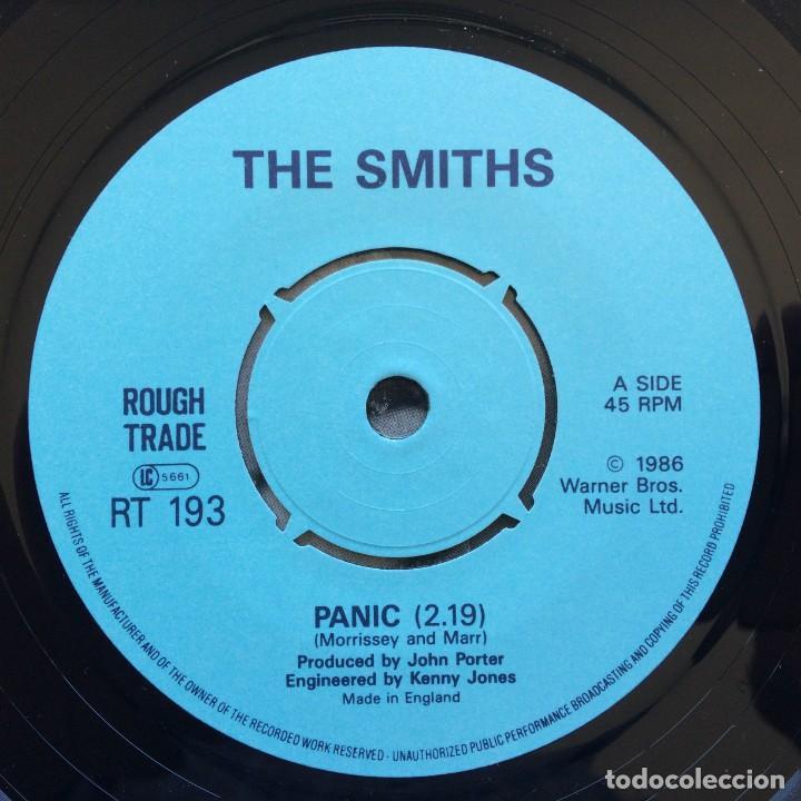 Discos de vinilo: Smiths – Panic / Vicar In A Tutu UK 1986 - Foto 3 - 222832798