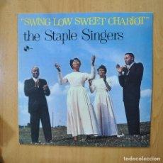 Discos de vinilo: THE STAPLE SINGERS - SWING LOW SWEET CHARIOT - LP. Lote 271147183