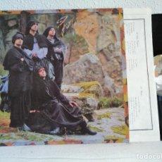 Discos de vinilo: GOLPES BAJOS A SANTA COMPAÑA LP ORIGINAL 1984 CON ENCARTE ,EXCELENTE ESTADO-VER FOTOS. Lote 271505558