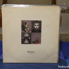 Disques de vinyle: LP PET SHOP BOYS BEHAVIOUR BUEN ESTADO SEÑALES MUY MENORES USO. Lote 271600353