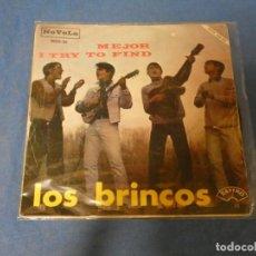 Discos de vinilo: SINGLE LOS BRINCOS MEJOR I TRY TO FIND LIGERAMENTE SOBADILLO AUN FUNCIONAL. Lote 271697398
