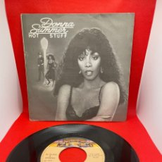 Discos de vinilo: DONNA SUMMER: HOT STUFF/ JOURNEY TO THE CENTRE OF YOUR HEART SINGLE 1979. Lote 271701088