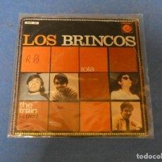 Discos de vinilo: 7 PULGADAS SINGLE LOS BRINCOS LOLA 1967 BUEN DECENTE ACUSA LEVE USO. Lote 271820278