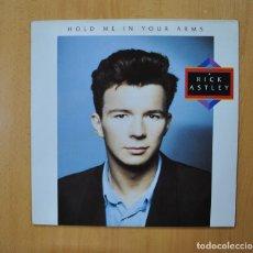 Discos de vinilo: RICK ASTLEY - HOLD ME IN YOUR ARMS - LP. Lote 289859813