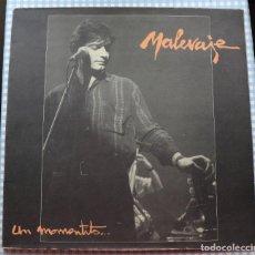 Discos de vinilo: DISCO VINILO LP UN MOMENTITO - MALEVAJE -. Lote 274661668