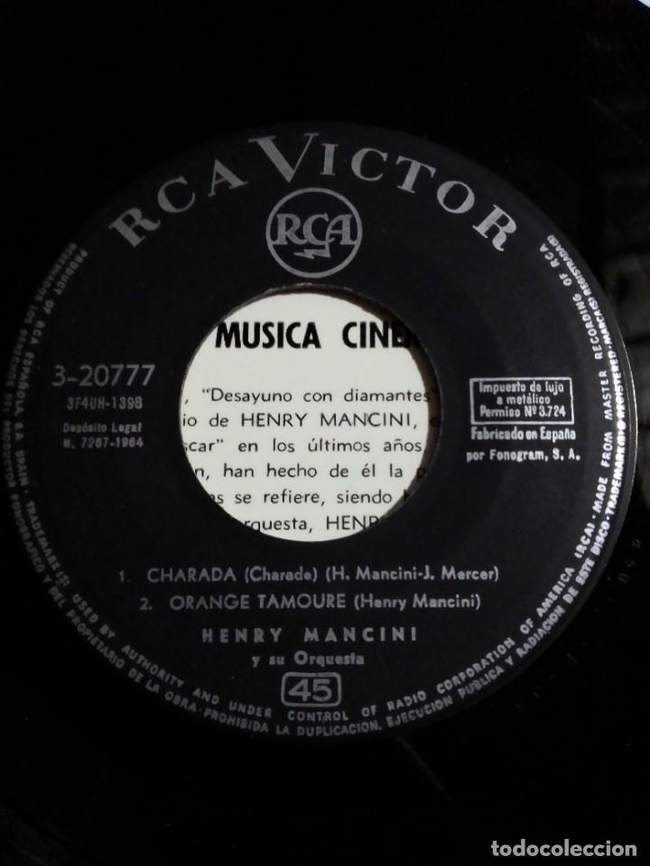 "Discos de vinilo: EP Henry Mancini ""Charade"" 1964 - Foto 4 - 275167758"