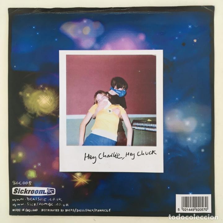 Discos de vinilo: Bearsuit – Hey Charlie, Hey Chuck, Grey, UK 2001 Sickroom Gramophonic Collective - Foto 2 - 275167948