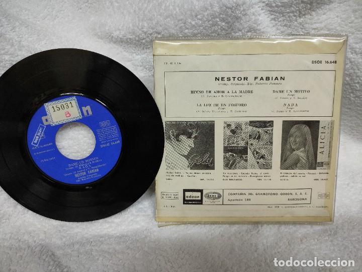 Discos de vinilo: NÉSTOR FABIÁN/ HIMNO DEL AMOR A LA MADRE 1965 - Foto 2 - 275301428
