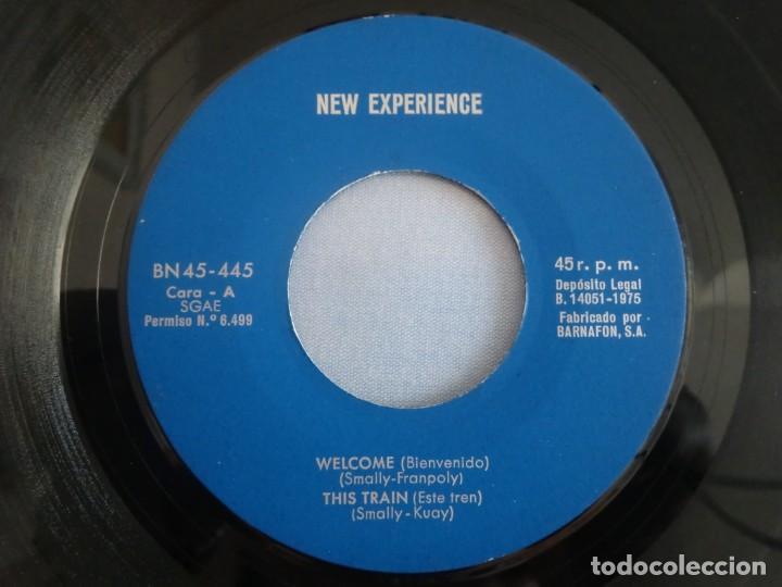 Discos de vinilo: EP NEW EXPERIENCE: Welcome / This train / Make me / To me (1975) Sin portada. Muy buen estado - Foto 2 - 276034068