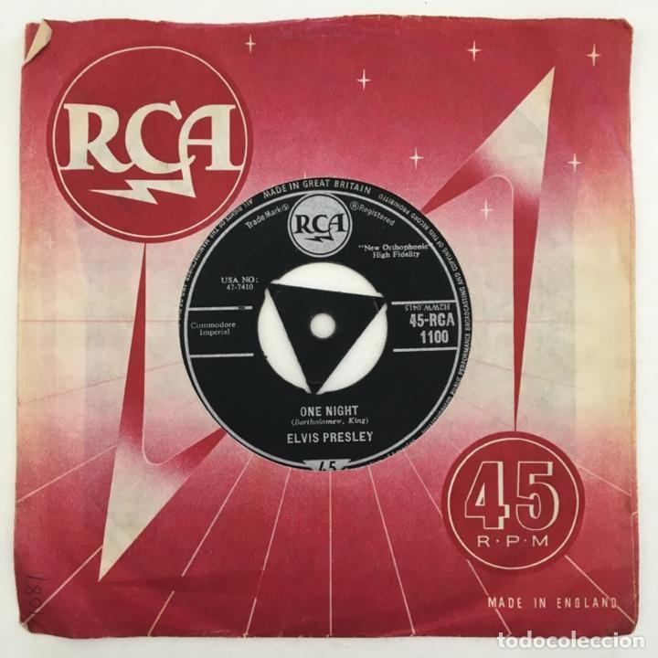 ELVIS PRESLEY – ONE NIGHT / I GOT STUNG, UK 1959 RCA (Música - Discos - Singles Vinilo - Rock & Roll)