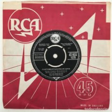 Discos de vinilo: ELVIS PRESLEY WITH THE JORDANAIRES – CAN'T HELP FALLING IN LOVE / ROCK-A-HULA BABY, UK 1962 RCA. Lote 276227958
