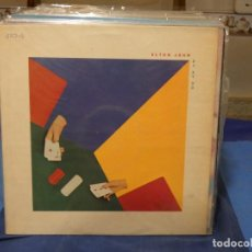 Discos de vinilo: LP ELTON JOHN 21 AT 33 BUEN ESTADO CON LETRAS Y ENCARTE AÑO 1978. Lote 276520288