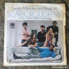 Discos de vinilo: SÉRGIO MENDES & BRASIL 66 - SCARBOROUGH FAIR . SINGLE . 1968 FRANCIA. Lote 276674423
