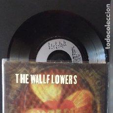 Discos de vinilo: THE WALLFOWERS ONE HEADLIGHT + 2 EP UK 1997 PEPETO TOP. Lote 276781918