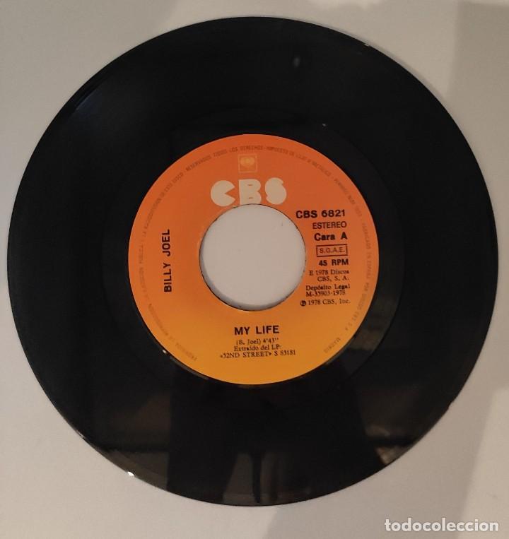 """Discos de vinilo: Vinilo de 7 pulgadas de Billy Joel que contiene """"my life"""" y """"52ND Street"""". Discográfica: CBS. - Foto 4 - 276909453"""
