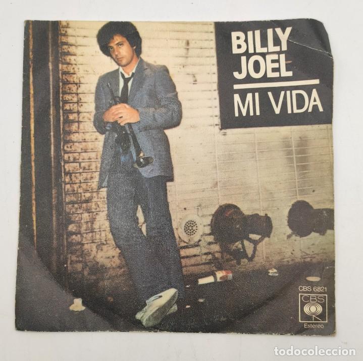 """VINILO DE 7 PULGADAS DE BILLY JOEL QUE CONTIENE """"MY LIFE"""" Y """"52ND STREET"""". DISCOGRÁFICA: CBS. (Música - Discos de Vinilo - EPs - Pop - Rock Internacional de los 70)"""