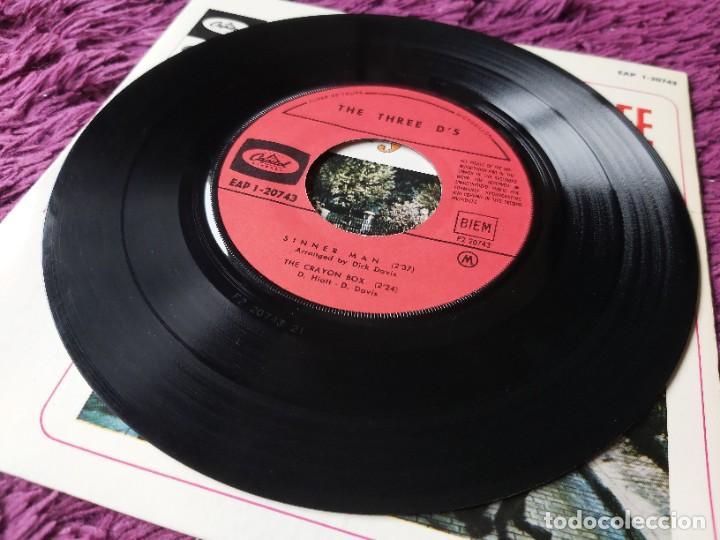 "Discos de vinilo: The Three Ds – Chim Chim Chir-ee, Vinyl 7"" EP France EAP 1-20743 - Foto 4 - 276911363"
