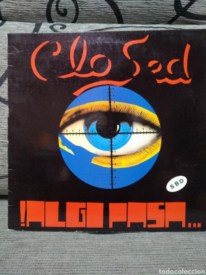 CLOSED - ALGO PASA (Música - Discos de Vinilo - Maxi Singles - Pop - Rock Internacional de los 90 a la actualidad)