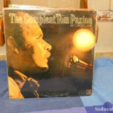 Dischi in vinile: DOBLE LP ELEKTRA USA CA 1974 LABEL VERDE MUY BUEN ESTADO THE COMPLETE TOM PATXON RECORDED LIVE. Lote 277117983