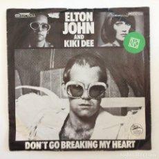 Discos de vinilo: ELTON JOHN & KIKI DEE – DON'T GO BREAKING MY HEART / SNOW QUEEN SCANDINAVIA,1976. Lote 277119888