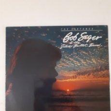 Discos de vinilo: BOB SEGER & THE SILVER BULLET BAND. THE DISTANCE. 1982 EU. 1C 064-400150. DISCO VG++. CARÁTULA VG++.. Lote 277134103