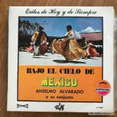 Discos de vinilo: ANSELMO ALVARADO Y SU CONJUNTO - BAJO EL CIELO DE MÉXICO - LP YUPY 1970. Lote 277138353
