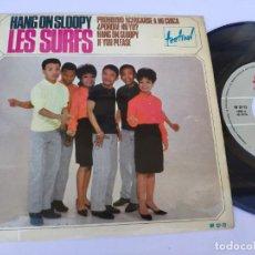 Discos de vinilo: LES SURFS - EP SPAIN PS - HANG ON SLOOPY + 3. Lote 277173673