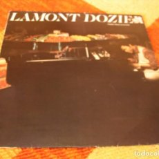 Discos de vinilo: LAMONT DOZIER LP PEDDLIN´ MUSIC ON THE SIDE GOING BACK TO MY ROOTS ORIGINAL FRANCIA 1977. Lote 277240893