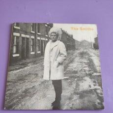 Discos de vinilo: SINGLE THE SMITHS. HEAVEN KNOWS I M MISERABLE NOW/SUFFER LITTLE CHILDREN.UK 1984.RT156.ROUGH TRADE. Lote 277272168