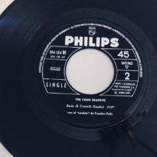 Discos de vinilo: THE FOUR SEASONS-SINGLE BEGGIN'-SIN FUNDA-DIFICIL-SPAIN. Lote 277706718