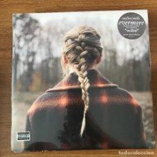 Discos de vinilo: TAYLOR SWIFT - EVERMORE - LP DOBLE REPUBLIC 2021 NUEVO - VINILO VERDE. Lote 277709958