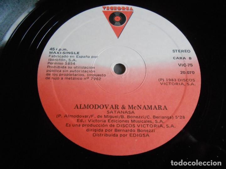 Discos de vinilo: ALMODOVAR & McNAMARA - SATANASA -, MAXI-SINGLE, SATANASA + 2, AÑO 1983 - Foto 4 - 278277683