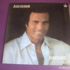 Discos de vinilo: JULIO IGLESIAS – EMOCIONES - LP COLUMBIA 1978 - MELODICA LATINA - 1ª EDICION PORTADA ABIERTA. Lote 278409398