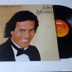 Discos de vinilo: JULIO IGLESIAS LP 1100 BEL AIR PLACE 1984 CON ENCARTE VG+ BEACH BOYS. Lote 278456808