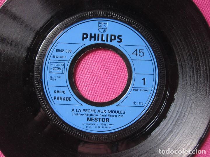 Discos de vinilo: NESTOR A LA PECHE AUX MOULES SINGLE FRANCES RARO - Foto 3 - 278953658