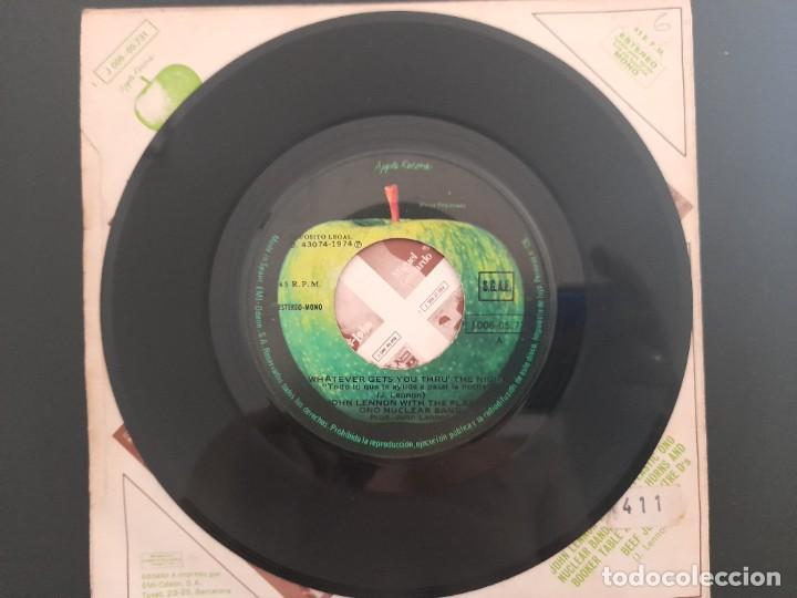 Discos de vinilo: JOHN LENNON WHATVEVER GETS YOU THRU THE NIGHT BEATLES SINGLE ESPAÑOL - Foto 2 - 278964978