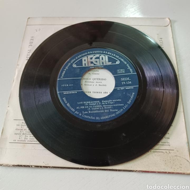 Discos de vinilo: LOS RUISEÑIRES DEL NORTE - LOS BORRACHOS, MARIA TU SERAS ... 1957 REGAL - Foto 3 - 278965483