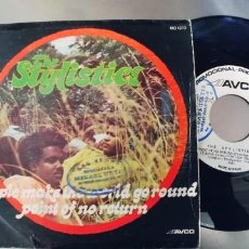 Discos de vinilo: THE STYLISTICS-SINGLE PEOPLE MAKE THE WORLD GO ROUND. Lote 279405353