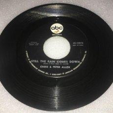 Discos de vinilo: SINGLE CHRIS AND PETER ALLEN - TWO BY TWO - STILL THE RAIN COMES DOWN - ABC 45.108- PEDIDO MINIMO 7€. Lote 279553138