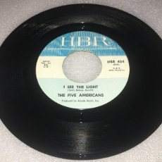 Discos de vinilo: SINGLE THE FIVE AMERICANS - I SEE THE LIGHT - THE OUTCAST - HBR 454 - PEDIDO MINIMO 7€. Lote 279553533