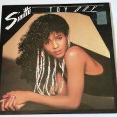 Discos de vinilo: SINITTA - TOY BOY - 1987. Lote 279555518
