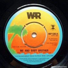 Discos de vinilo: WAR: ME AND BABY BROTHER + 1 - SINGLE - 1976 - ISLAND (UK) - CASI NUEVO (NM). Lote 280127283
