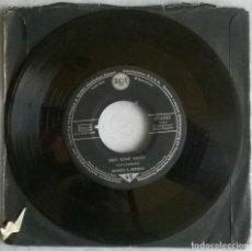 Disques de vinyle: HOMER & JETHRO. HART BRAKE MOTEL/ TWO TONE SHOES. RCA, GERMANY 1956 SINGLE. Lote 280347548