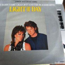 "Discos de vinilo: THE BARBUSTERS / JOAN JETT AND THE BLACKHEARTS* - LIGHT OF DAY (12"", MAXI) BUENO. NEAR MINT / VG+. Lote 284781468"