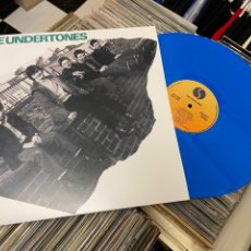 Discos de vinilo: THE UNDERTONES FIRST ALBUM LP DISCO DE VINILO AZUL. Lote 285076393