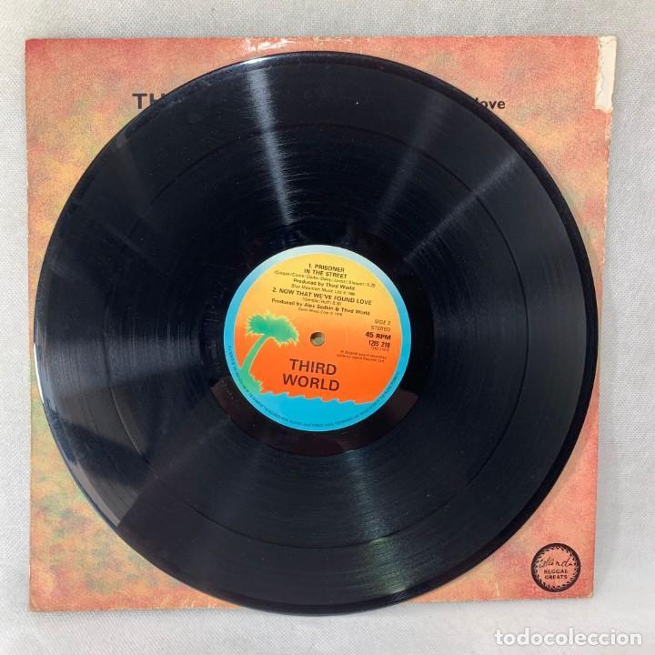 Discos de vinilo: MAXI SINGLE THIRD WORLD - NOW THAT WEVE FOUND LOVE - UK - AÑO 1978 - Foto 2 - 285381918
