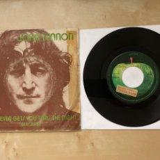 Discos de vinilo: JOHN LENNON - WHATEVER GETS YOU THRU THE NIGHT - SINGLE PROMO 1974 - SPAIN - THE BEATLES. Lote 285999073