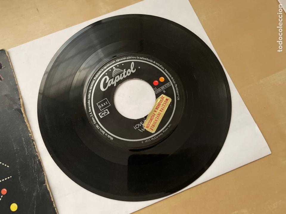 Discos de vinilo: Wings - Listen To What The Man Said - 1974 Single Promo - SPAIN - Foto 4 - 285999618