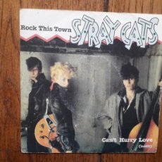 Disques de vinyle: STRAY CATS - ROCK THIS TOWN + CAN'T HURRY LOVE. Lote 286058608