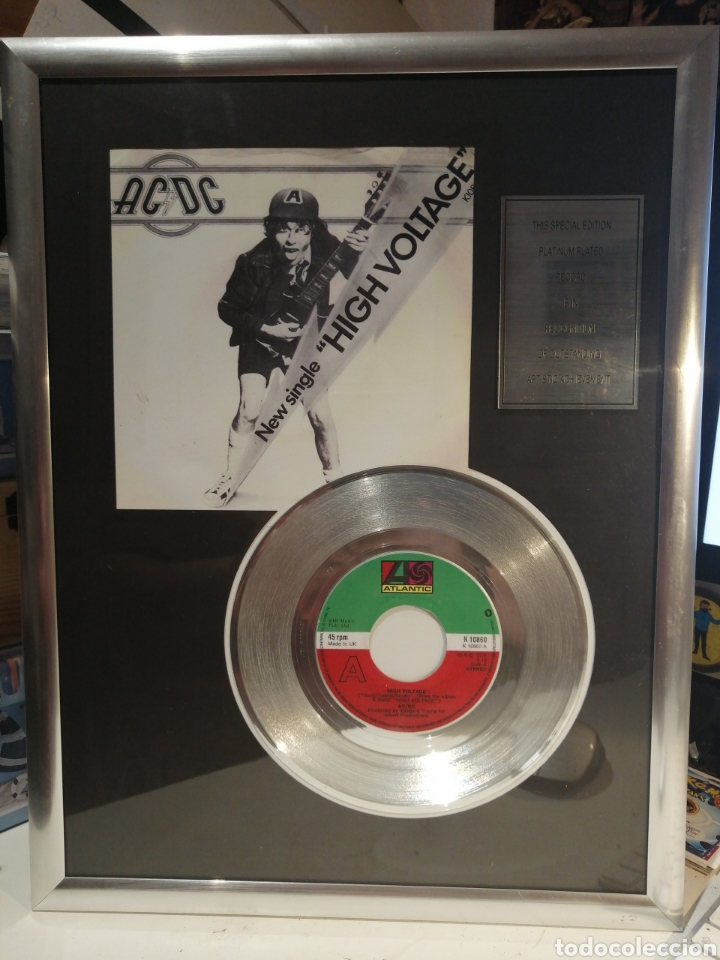 DISCO DE PLATINO AC/DC SINGLE HIGH VOLTAGE (Música - Discos - Singles Vinilo - Rock & Roll)